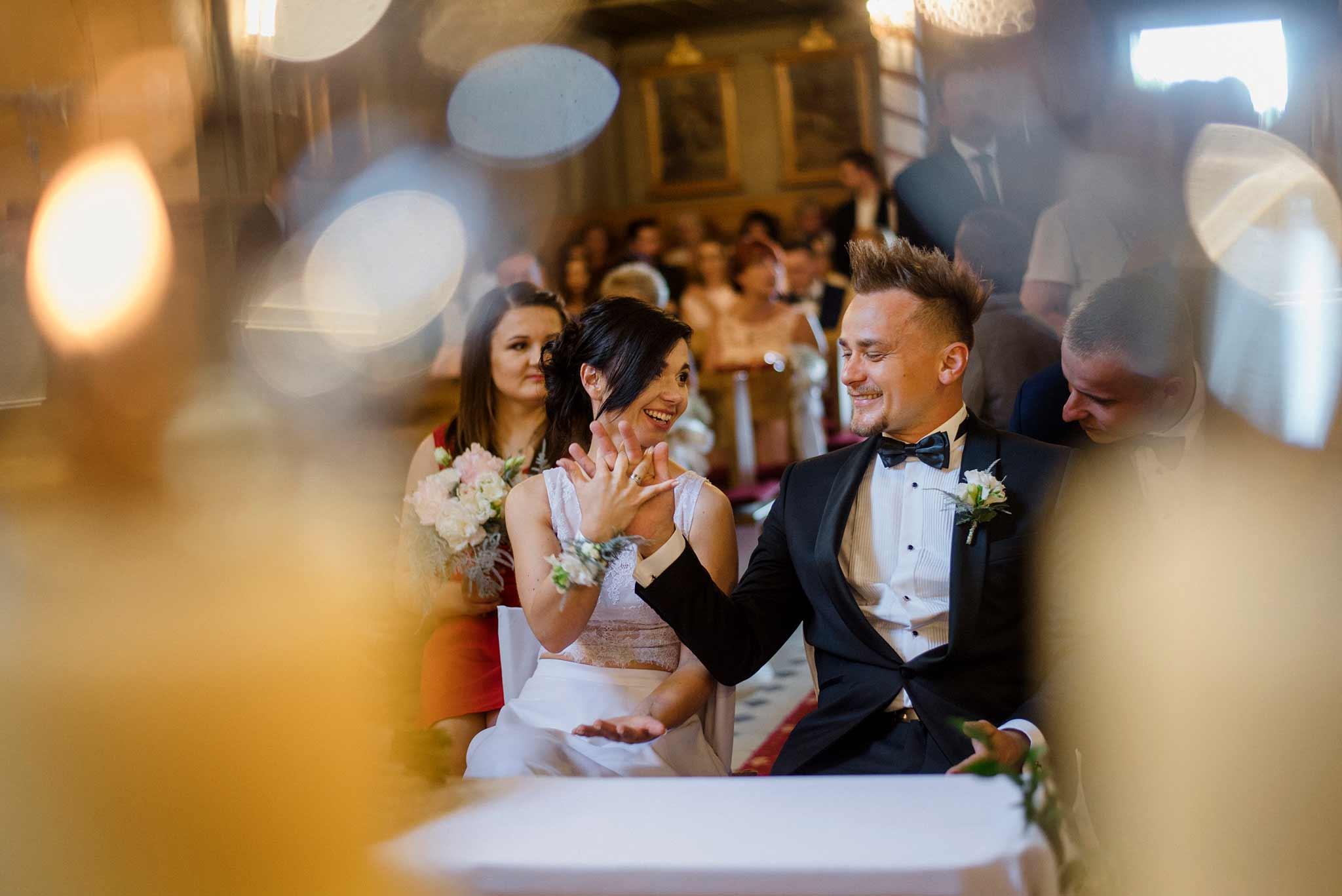 Fotograf ślubny - ceremonia zaślubin Grześka i Ewy