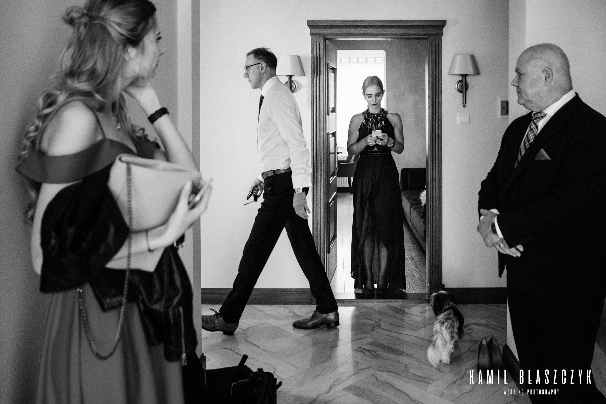 Przygotowania do ślubu Asi i Łukasza - krzątanina podczas przygotowań